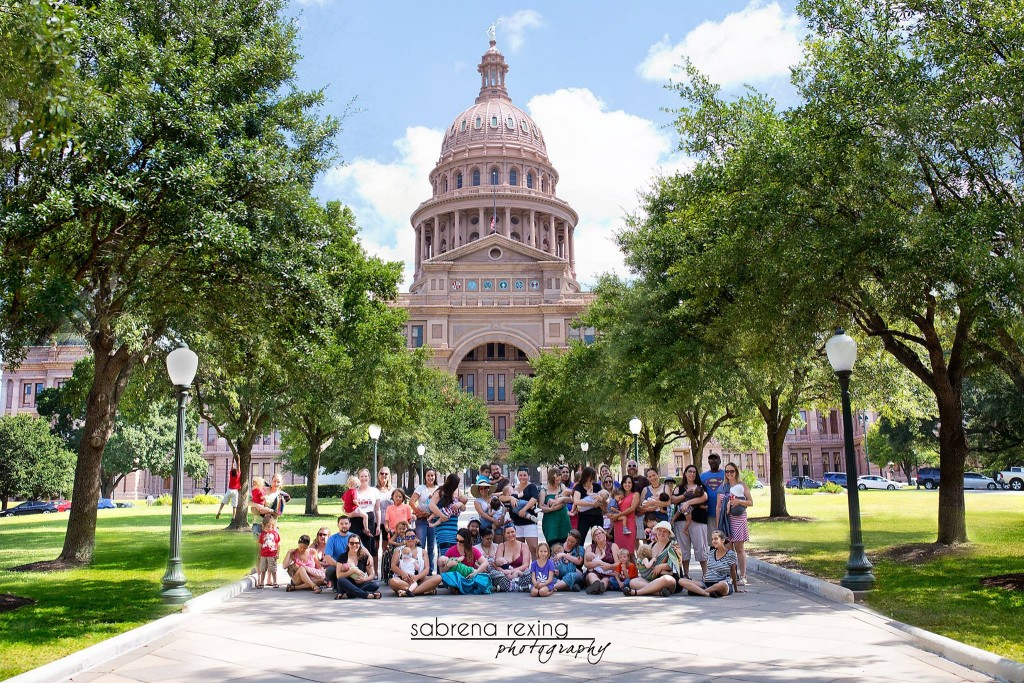 The breastfeeding community and supporters gathered in front of the Capitol for a portrait. Austin had one of the biggest turnouts across the nation for Breastfeeding Law Awareness Day. Photo courtesy of Sabrena Rexing.